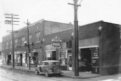 1940: 5th Street between Walnut & Grand